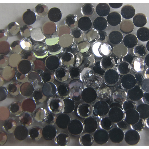 Round 3mm Flat Back Rhinestones Clear x 100